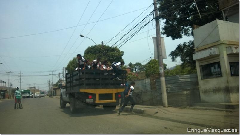 Transporte escolar en Venezuela